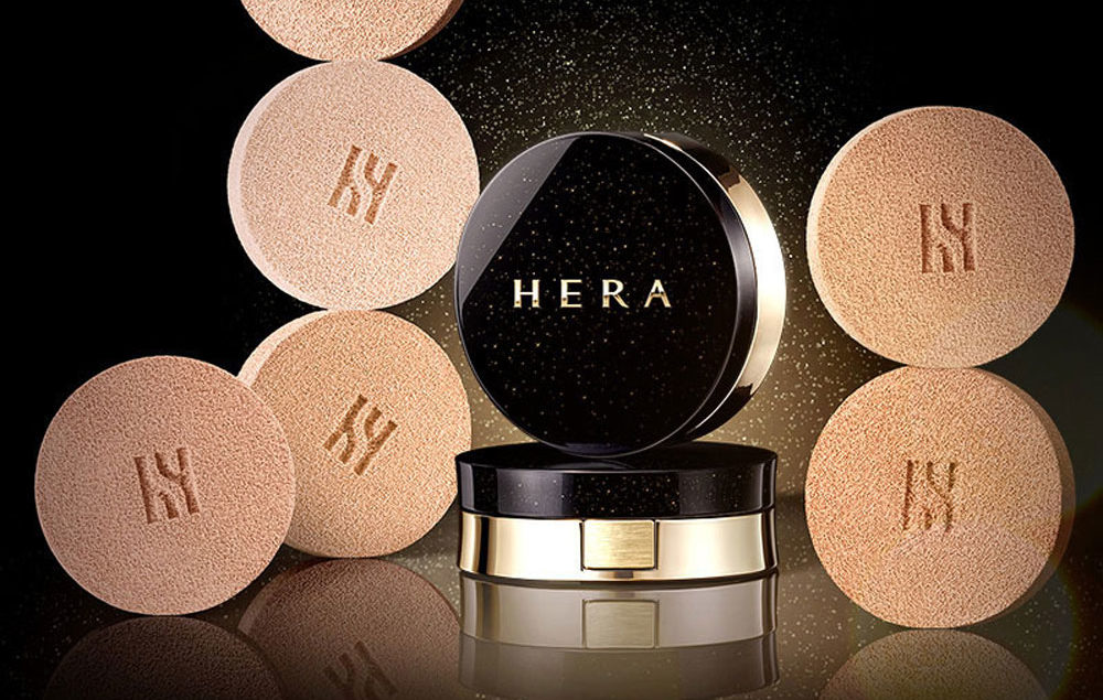 Image of HERA Black Cushion