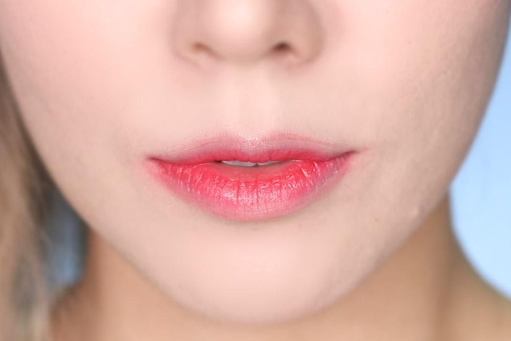 07 Lollipop Red - Lip Swatch - Laneige Two Tone Tint Lip bars