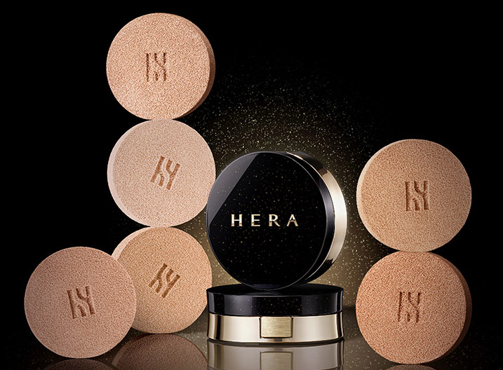 Image of Hera releases black cushion